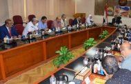 محافظ مطروح يناقش خطة الإستعداد للعام الدراسي الجديد 2021-2022