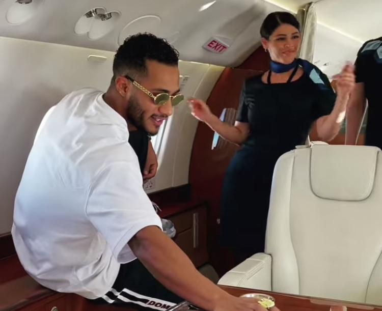 للمرة الثانية ازمة محمد رمضان مع الطائرات تعود من جديد