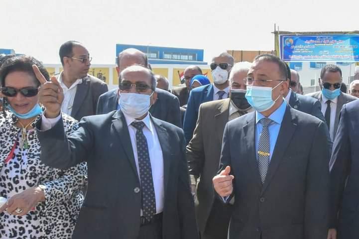 محافظ الإسكندرية يفتتح أول مدرسة فنية لمياه الشرب والصرف الصحي